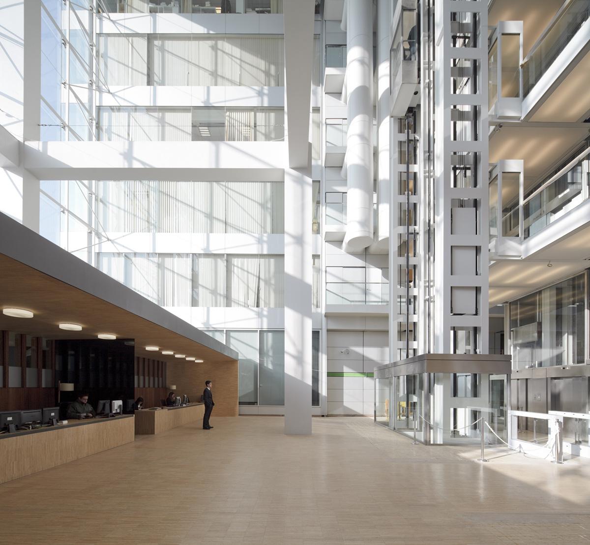 edificio oficinas Alta Diagonal 5