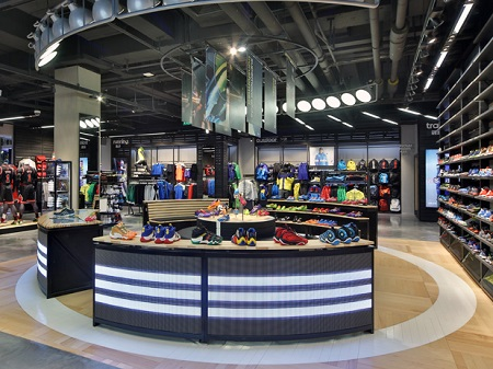 adidas outlet alcorcon