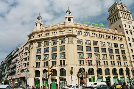 plaza cataluña desigual